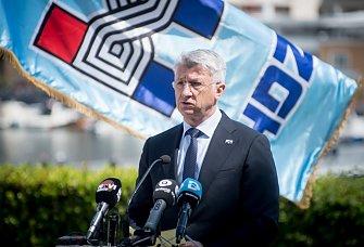 Longin najavio podizanje naknade za smještaj u domovima za stare i gradnju novog azila